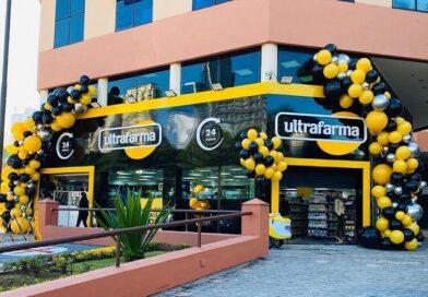 Ultrafarma Alphaville abre 24h e oferece descontos de até 90%